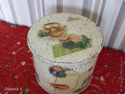 Все эти работы были сделаны на заказ. Большая жестяная банка для рассыпного чая или трав, лейка и чайный дом. фото 5
