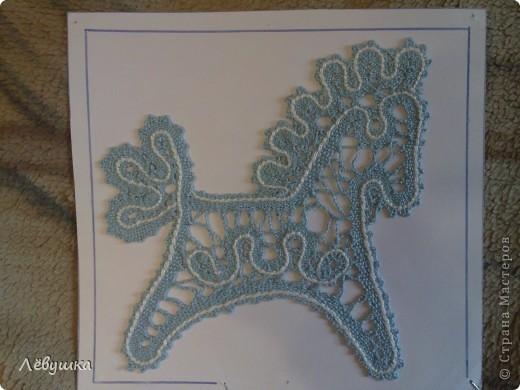 """панно """"Цветы"""" , мои ученицы сами создавали сколки цветка перед плетением. фото 4"""