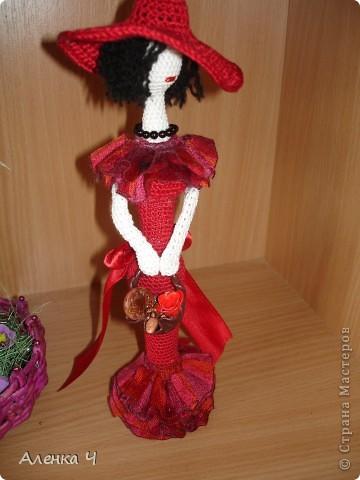Красная Шляпочка с корзинкой хлебобулочных изделий :-) фото 3