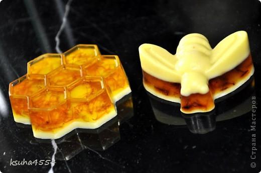 Мыло с медом и цветочными лепестками