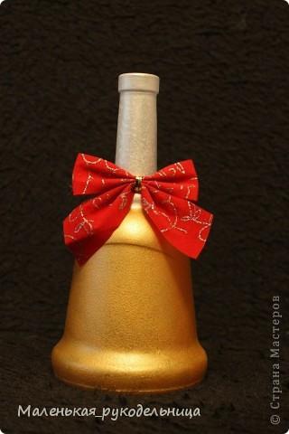 Вот такую бутылочку я решила сделать из ракушек. Это одна из первых моих работ. фото 5