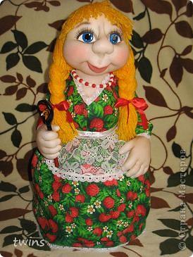 хозяюшка - кукла на чайник фото 5