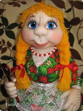хозяюшка - кукла на чайник фото 3