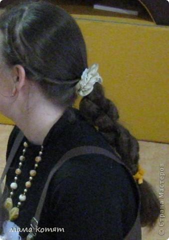 """Доброго всем времени суток. я очень долго складировала фото своих причёсок и """"наконец настал тот час""""))). эту причёску я делала пару недель назад своей куме - она шла на день варенья). вот отсель я научилась плести из хвоста такую шикарную косу http://stranamasterov.ru/node/316387. спасибо Поганочке за такую отличную причу) я и себе уже несколько раз и в разных вариантах заплетала, но всё никак не запечатлею. фото 6"""