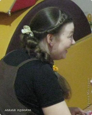 """Доброго всем времени суток. я очень долго складировала фото своих причёсок и """"наконец настал тот час""""))). эту причёску я делала пару недель назад своей куме - она шла на день варенья). вот отсель я научилась плести из хвоста такую шикарную косу http://stranamasterov.ru/node/316387. спасибо Поганочке за такую отличную причу) я и себе уже несколько раз и в разных вариантах заплетала, но всё никак не запечатлею. фото 7"""