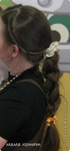 """Доброго всем времени суток. я очень долго складировала фото своих причёсок и """"наконец настал тот час""""))). эту причёску я делала пару недель назад своей куме - она шла на день варенья). вот отсель я научилась плести из хвоста такую шикарную косу http://stranamasterov.ru/node/316387. спасибо Поганочке за такую отличную причу) я и себе уже несколько раз и в разных вариантах заплетала, но всё никак не запечатлею. фото 8"""