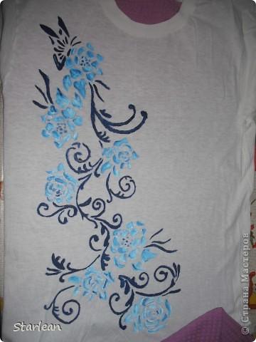 для этой футболки использовала схемы ниже, вырезала и склеивала до нужной композиции фото 1