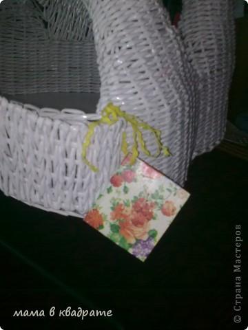 Собралась наша племянница выходить замуж и попросила сделать корзину для подарков в конвертах.  Сразу родилась у меня идея и начала я ее воплощать в жизнь незамедлительно. Решила сделать лебединую пару и объединить их, чтоб никогда не разлучались, в одно целое. фото 10