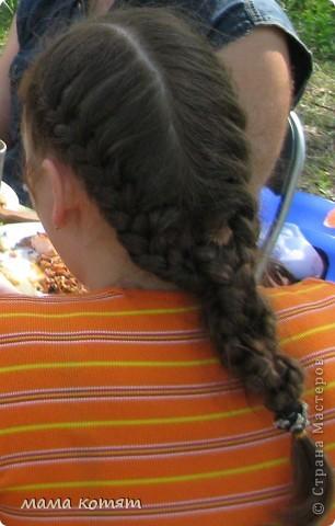 """Доброго всем времени суток. я очень долго складировала фото своих причёсок и """"наконец настал тот час""""))). эту причёску я делала пару недель назад своей куме - она шла на день варенья). вот отсель я научилась плести из хвоста такую шикарную косу http://stranamasterov.ru/node/316387. спасибо Поганочке за такую отличную причу) я и себе уже несколько раз и в разных вариантах заплетала, но всё никак не запечатлею. фото 9"""