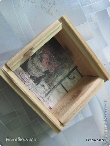 Всем добрый день!Сегодня мы с Вами сделаем ящик своими руками и состарим его по всем правилам как советуют специалисты http://www.sarafanov-style.ru/sovet/sostarivanie_mebeli/ . фото 21