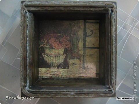Всем добрый день!Сегодня мы с Вами сделаем ящик своими руками и состарим его по всем правилам как советуют специалисты http://www.sarafanov-style.ru/sovet/sostarivanie_mebeli/ . фото 34