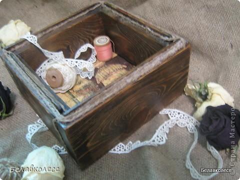 Всем добрый день!Сегодня мы с Вами сделаем ящик своими руками и состарим его по всем правилам как советуют специалисты http://www.sarafanov-style.ru/sovet/sostarivanie_mebeli/ . фото 41