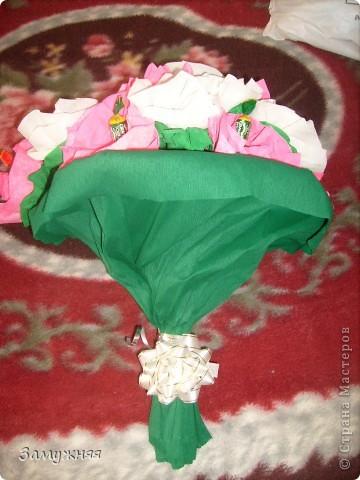 Вот был сделан букет (свит-дизайн) подруге на день рождение. Приятно удивила ее ))  P.S. мой первый опыт  фото 2