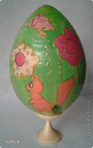 Деревянное яйцо высотой 10 см фото 4