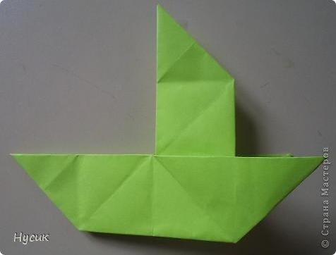 Не так давно я вела кружок оригами в загородном лагере. И на презентацию кружка всегда рассказывала эту сказку. Она тоже очень давняя. Побродив по Стране мастеров, нашла еще два варианта  http://stranamasterov.ru/node/19044?c=favorite http://stranamasterov.ru/node/302273?c=favorite  Но все же решила выложить и свою с целью дополнить уже имеющиеся, так как переходы от одной фигуры к другой  в разных вариантах разные. А вдруг и пригодиться кому. фото 10