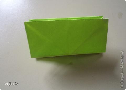 Не так давно я вела кружок оригами в загородном лагере. И на презентацию кружка всегда рассказывала эту сказку. Она тоже очень давняя. Побродив по Стране мастеров, нашла еще два варианта  http://stranamasterov.ru/node/19044?c=favorite http://stranamasterov.ru/node/302273?c=favorite  Но все же решила выложить и свою с целью дополнить уже имеющиеся, так как переходы от одной фигуры к другой  в разных вариантах разные. А вдруг и пригодиться кому. фото 17