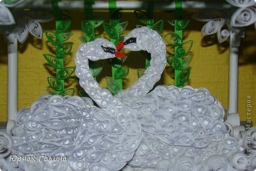 Вот такой подарок решила я сделать  на свадьбу моей любимой сестричке.Где то на просторах интернета увидела такой домик  (только там жили другие птички)  и решила его сотворить. И вот что получилось. фото 2