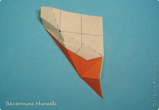 Мегаполис (Megapolis)  автор: Валентина Минаева (Valentina Minayeva)  соотношение бумаги 4 : 3  для бумаги с двусторонним эффектом  Для данной кусудамы брала размер бумаги 8,0 х 6,0 см  модули несимметричные, 60 штук  итог - 13 см  без клея  в основе кусудамы лежит многогранник икосододекаэдр Видео: http://www.youtube.com/watch?v=e7ELf8QSkuA&feature=youtu.be  фото 16