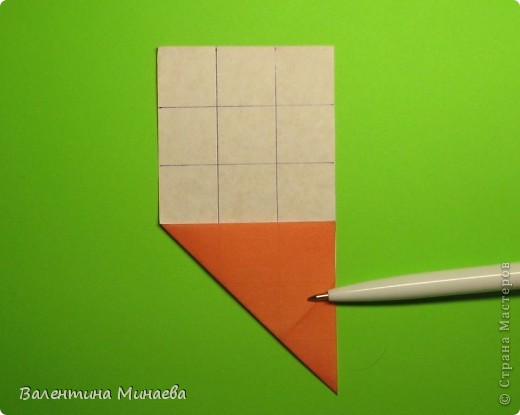 Горная фиалка (Mountain violet) автор: Валентина Минаева (Valentina Minayeva) соотношение бумаги 1:2 для бумаги с двусторонним эффектом Для данной кусудамы брала размер бумаги 11,0 х 5,5 см модули несимметричные, 60 штук итог - 12 см без клея в основе кусудамы лежит многогранник икосаэдр  фото 9