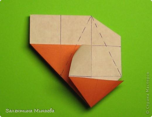 Горная фиалка (Mountain violet) автор: Валентина Минаева (Valentina Minayeva) соотношение бумаги 1:2 для бумаги с двусторонним эффектом Для данной кусудамы брала размер бумаги 11,0 х 5,5 см модули несимметричные, 60 штук итог - 12 см без клея в основе кусудамы лежит многогранник икосаэдр  фото 15