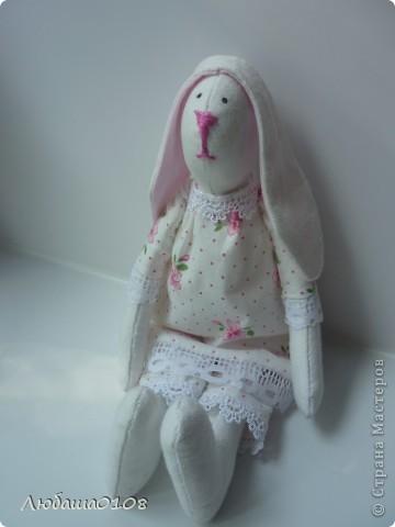 когда впервые увидела таких куколок влюбилась, долго не решалась, вынашивала идею. еще дольше шила, т.к. все делала вручную, пальцы исколоты, но я довольна полученным результатом, есть недочеты, но она же первая и любимая фото 5