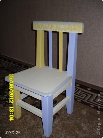 Здравствуйте, дорогие мастерицы! выношу на ваш суд свой первый опыт переделки старой вещи. вот такой стул сделала своему малышку. фото 4