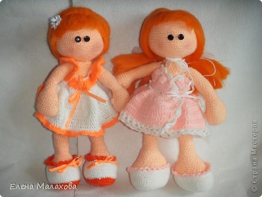 Две сестрички- близняшки. Обе рыженькие фото 6