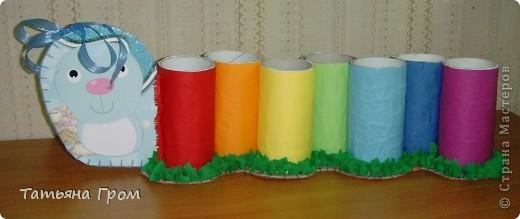 Подставка для карандашей из трубочек от туалетной бумаги фото 3