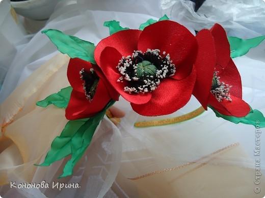 Очередные цветочки. Все цветы, которы я делаю, идут на изготовления резинок, брошек, заколок, так что я показываю Вам только сами цветочки. фото 5