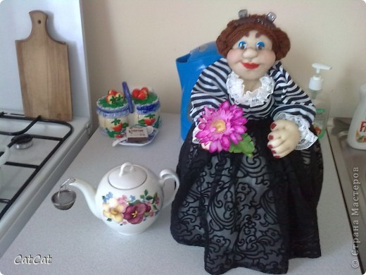 Баба на чайнИК фото 1