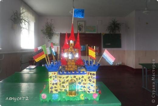 Вот такой замок соорудила моя дочь на городской конкурс и заняла 1 место фото 1