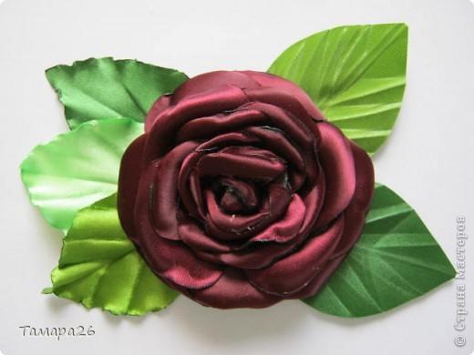 Приветствую жителей прекрасной Страны!! Я сегодня опять с розами, не отпускают они меня, пока это просто цветы, но конечно станут украшением.  МК тут http://forum.say7.info/topic39741-525.html фото 5