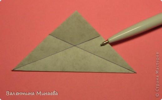 Оазис (Oasis)  автор: Валентина Минаева (Valentina Minayeva)  для бумаги с двусторонним эффектом  Для данной кусудамы брала размер бумаги 7,0 х 7,0 см  модули несимметричные, 60 штук  итог - 11,5 см  с клеем  Есть также видео: http://www.youtube.com/watch?v=LLzShYpQ6Uw&feature=youtu.be  фото 7
