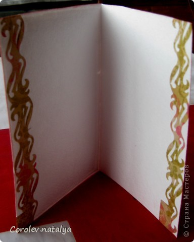 И это снова я ,но уже с открытками. Продолжаю учиться и пытаюсь делать многослойные откыткии с цветами ручной работы. Критику принимаю,советы тем более! фото 2