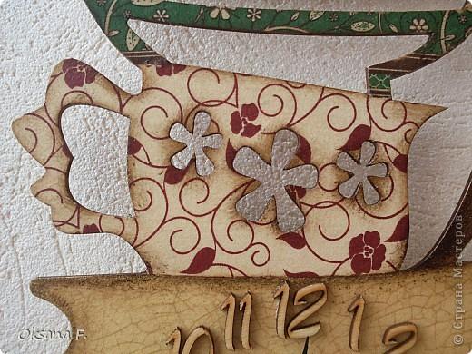 Эти часы сделаны на конкурс на одном известном декупажном сайте, выставляю их уже, потому, что как автора, меня угадали))) Фанерная заготовка 20х60 см (немаленькая)  фото 3
