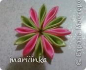попробовали с дочкой делать цветочки канзаши. фото 3