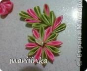 попробовали с дочкой делать цветочки канзаши. фото 1