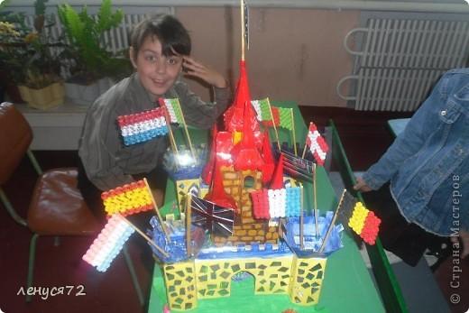 Вот такой замок соорудила моя дочь на городской конкурс и заняла 1 место фото 3
