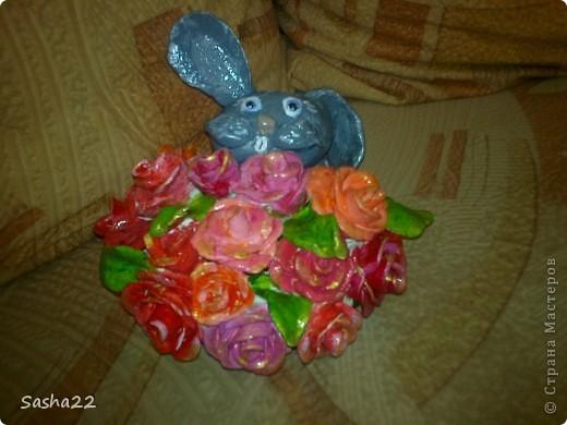 Зайка с розами
