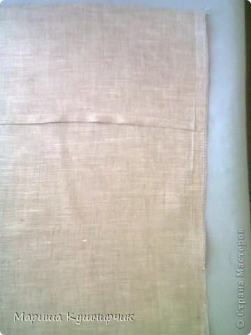Всем привет!решила рассказать как быстро и при минимальных затратах сделать декоративно-диванную подушку для хорошего настроения размер 40*40 нам понадобится Ткань: лен(наша наволка) и бязь(основа подушки) набивка: холофайбер ароматы: масло лаванды и шалфея морская соль фетр для бабочек  паутинка для крепления их к ткани сантиметр,мыльце или портной мелок(кому как удобно) нитки,машина,оверлок фото 14