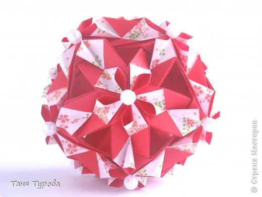 Всем привет!!  Geranium Автор Tomoko Fuse Бумага 7,5*7,5 Итог: 11 см сборка без клея фото 4