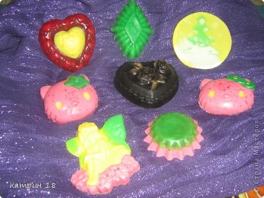 Мои первые мыльца.Запах у них,ванильный и клубничный. фото 1