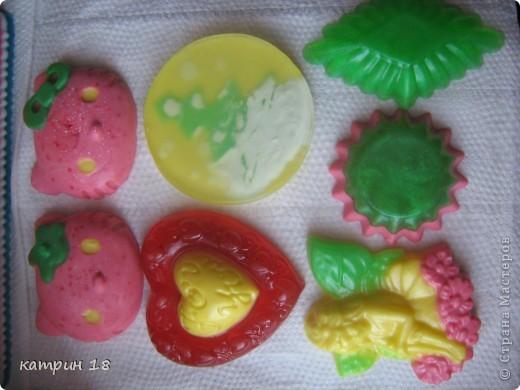 Мои первые мыльца.Запах у них,ванильный и клубничный. фото 11