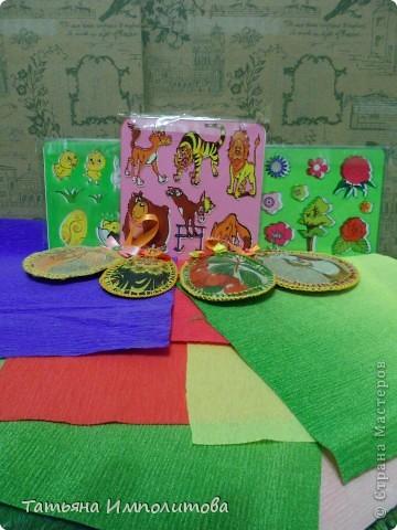 Эту простую серию атсок сделала для того,чтобы показать присланные карточки и подарки Цветочки связала мне хорошая знакомая. фото 13