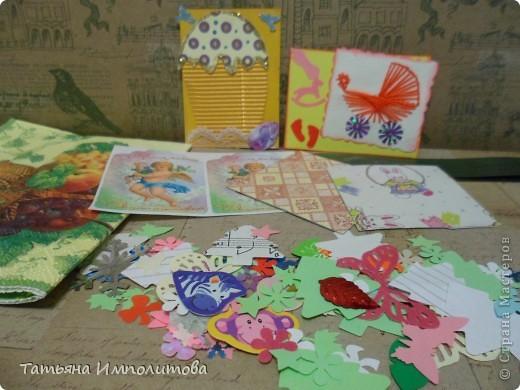 Эту простую серию атсок сделала для того,чтобы показать присланные карточки и подарки Цветочки связала мне хорошая знакомая. фото 21