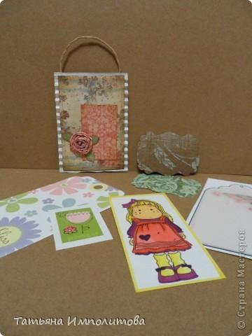 Эту простую серию атсок сделала для того,чтобы показать присланные карточки и подарки Цветочки связала мне хорошая знакомая. фото 22