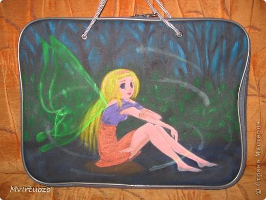 Продолжаю серию сумок. На сей раз просили для девочки-школьницы. Вот что получилось. (одна сторона) фото 1