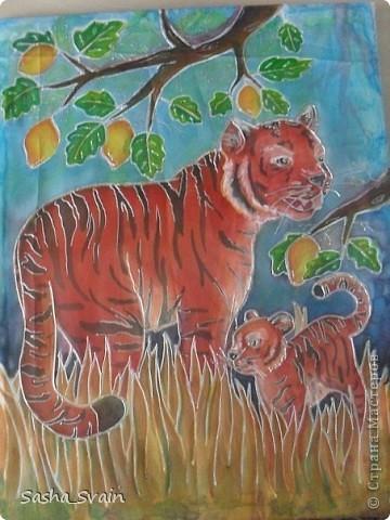 """Здравствуйте жители страны представляю вам на  ваш  суд мою  первую  работу технике  батик """"Лимонные  тигры"""" фото 1"""