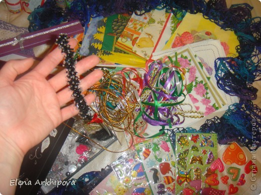 Вот такая посылочка пришла мне, с огромным числом подарочков!! От Ирины из Краснодарского края!!! фото 4