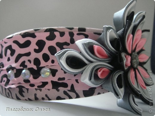 Вот такой ободок получился на этот раз. Люблю сочетание серого и розового... фото 3